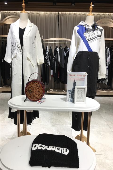 杭州品牌黑马兰女装批发哪里好又便宜