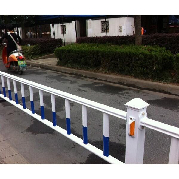 百色锌钢护栏道路隔离栏规格参数