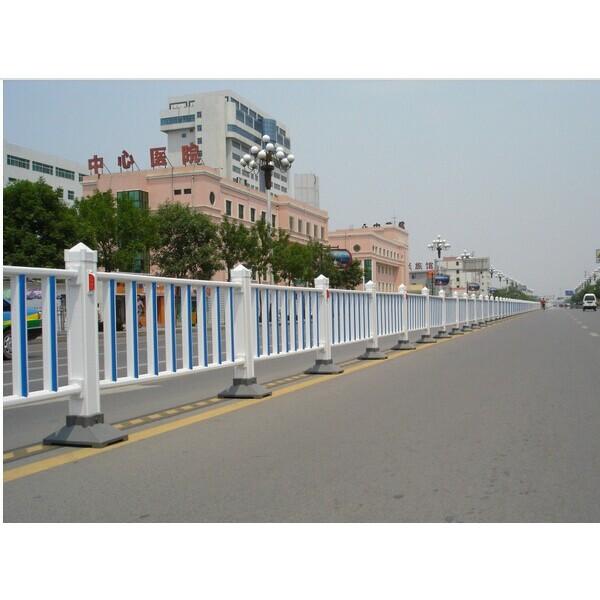 南宁道路护栏供应商交通护栏优惠价