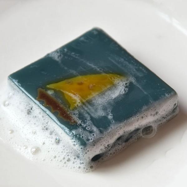 维蜜萱蓝艾甘菊精油抚舒缓温和洗脸冷制手工皂