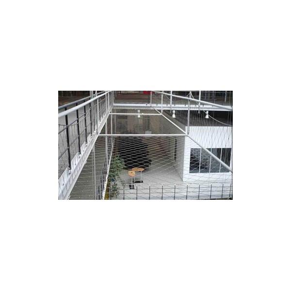 一层阳台小院安全钢丝防护网_登隆丝网