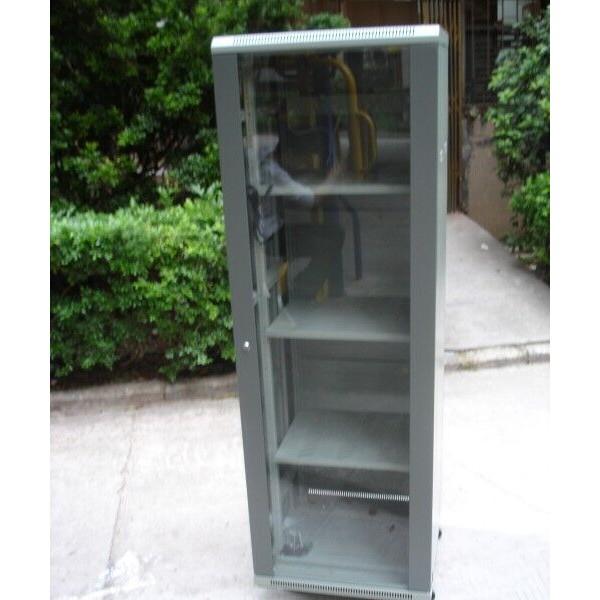 东莞网络机柜 图腾机柜 光纤熔接 送货上门