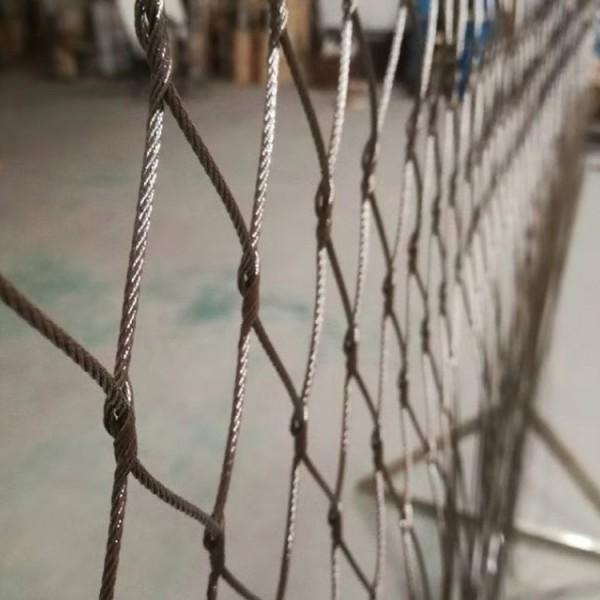 304小区高空金属防护绳网厂家_登隆丝网