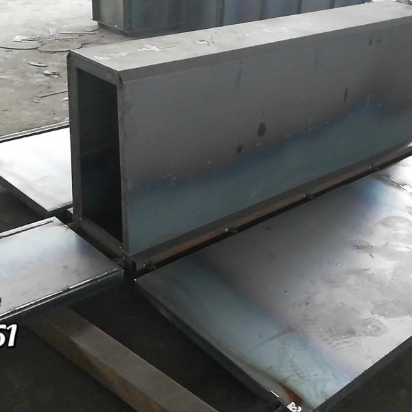 辽源农田水渠灌溉专用矩形槽钢模具推荐生产厂家产品展示