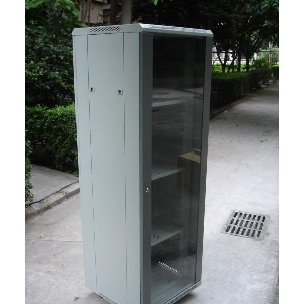 专业机柜生产厂家_图腾47U网络机柜_光纤熔接