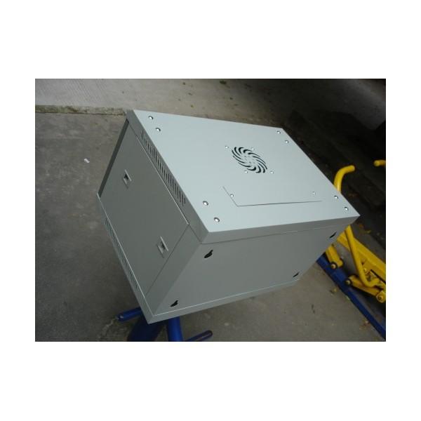 厂家专业生产机柜_南海6U金盾小机柜_光纤熔接