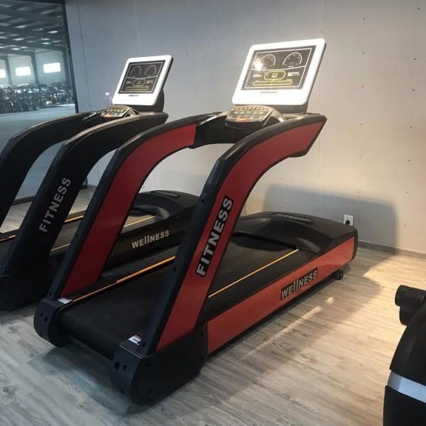 双豪尊爵商用跑步机的功能介绍