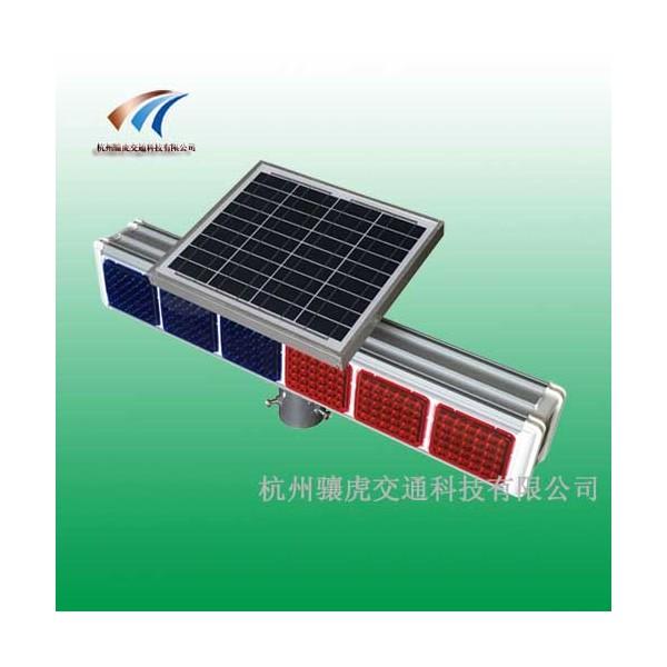 太阳能六灯爆闪灯 红蓝爆闪灯生产厂家
