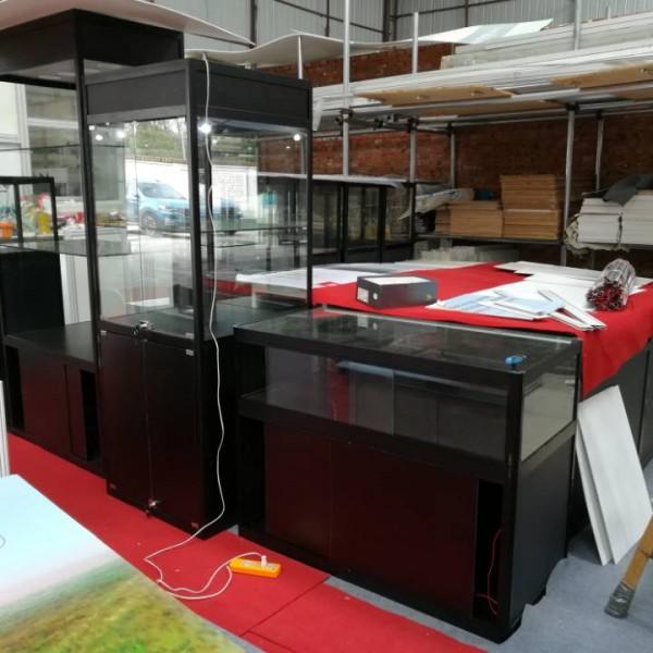 艺术品展示柜  玻璃折叠展柜