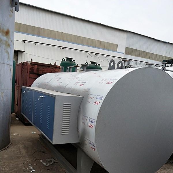 立式全自动燃油(燃气)常压热水锅炉