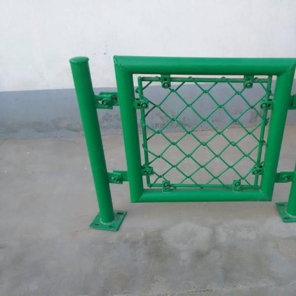 运动场围栏勾花网围栏体育场围栏学校围栏