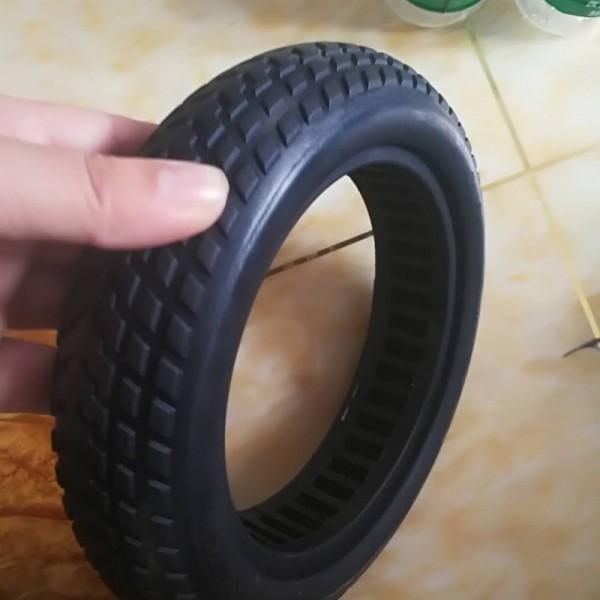 8.5寸小米滑板车免充气实心避震轮胎