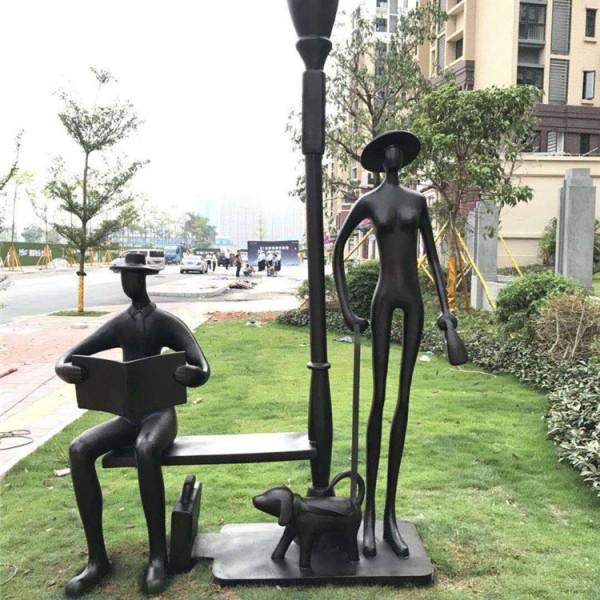 广州玻璃钢工厂花都小区装饰仿古铜抽象人像雕塑