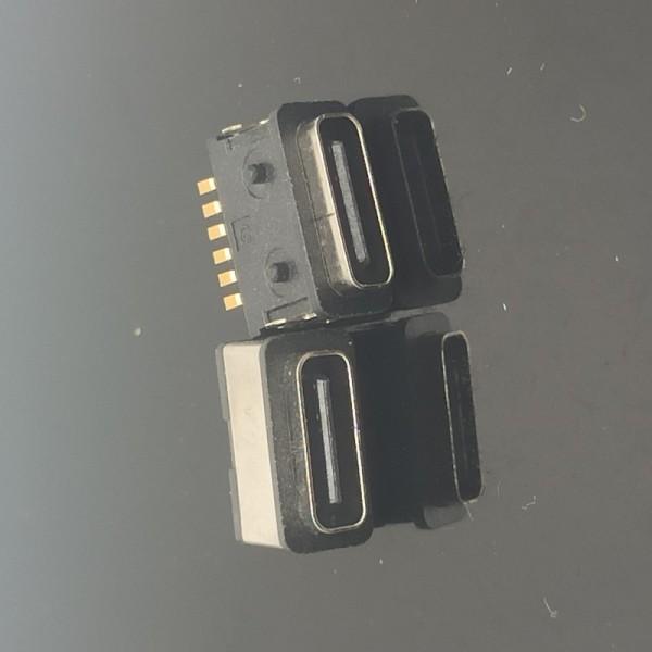 TYPE-C6P防水母座 四脚板上贴片