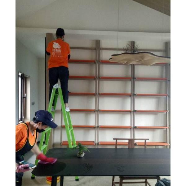 建邺区沙洲泰山路附近保洁公司专业擦玻璃各种装潢保洁洗地毯服务