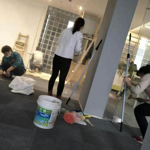 南京雨花台区西善桥保洁电话号码软件大道地毯清洗量大优惠