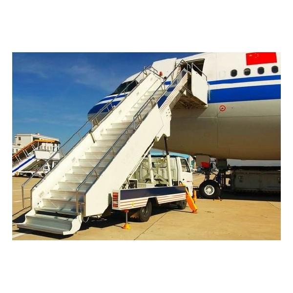 旅客登机梯