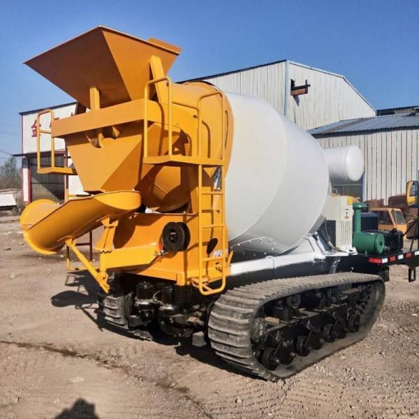 1.5方自动上料混凝土搅拌车 移动式混凝土搅拌机厂家直销
