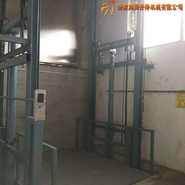 北京导轨式升降作业平台,升降货梯,升降平台生产定制厂家