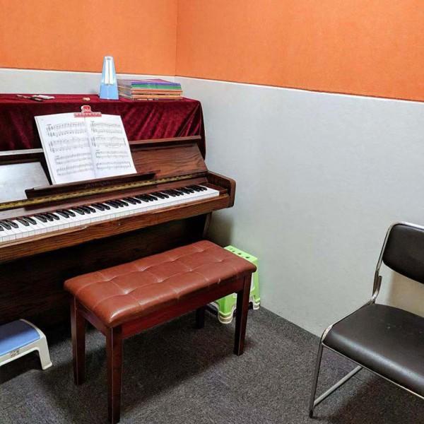 广州海珠区哪里有钢琴培训班?成与乐现代音乐中心