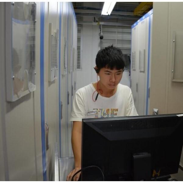 美国高防服务器|香港高防服务器|诚诚网络服务器租用找小伟