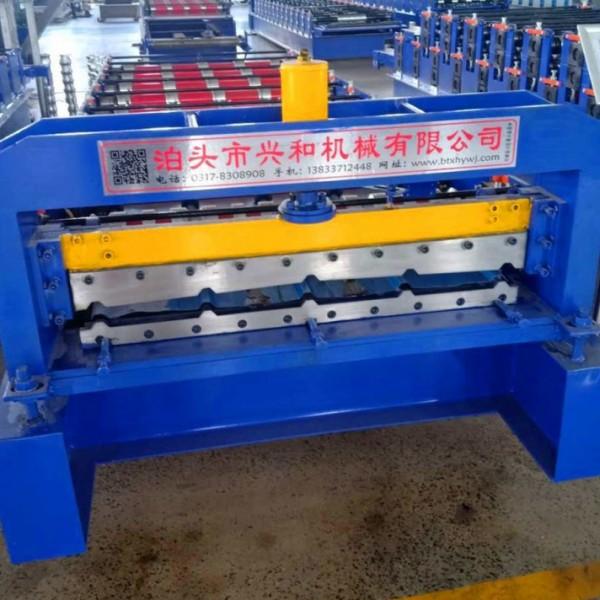 900铝镁锰压瓦机 900彩钢单板机价格