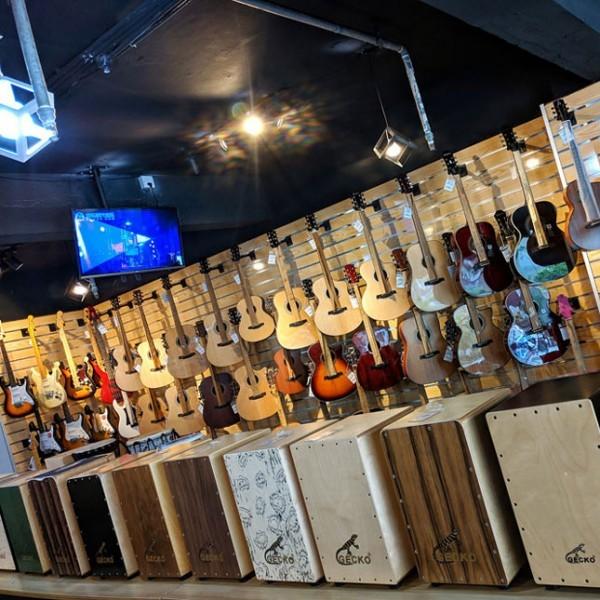 广州吉他专卖培训乐器店琴行,成与乐现代音乐中心