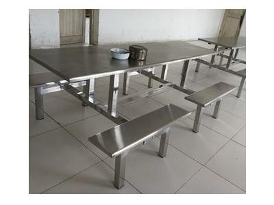 东莞大学生食堂餐桌